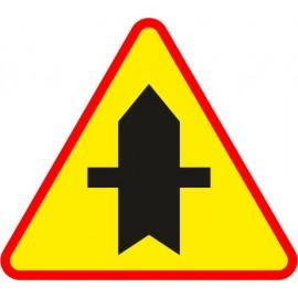 Naklejka znak ostrzegawczy A-6a Skrzyżowanie z drogą podporządkowaną występującą po obu stronach