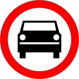 Naklejka B-3 Zakaz wjazdu pojazdów silnikowych z wyjątkiem motocykli jednośladowych