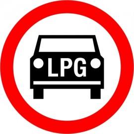 Naklejka B-3b Zakaz wjazdu pojazdów silnikowych napędzanych LPG